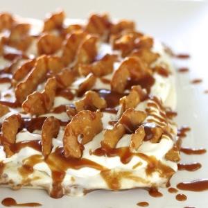 salted caramel pretzal ice cream