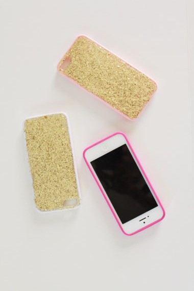 Gold Glitter iPhone 5 Case (Etsy) | New hot looks for summer that will keep your phone safe, on itsaLisa.com