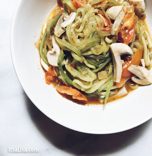 Zucchini Noodle Pasta   Healthy Dinner Recipes In Under 10 Minutes